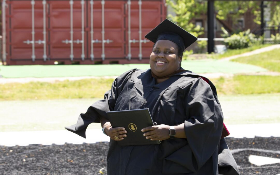 Graduation Stories: Angie Redmond, MFA Paining, Museum Studies certificate